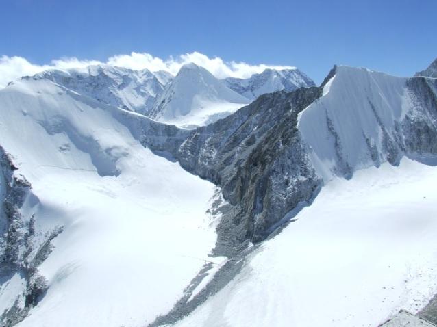 Sherpani pass vue de Kamepe ri